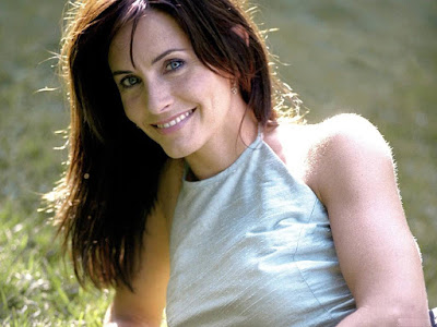 Courteney Cox Wallpaper