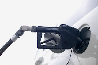 Brasil está entre os países que tem o litro da gasolina mais cara do mundo