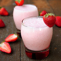 Resep Membuat Es Strawberry Lassi Segar