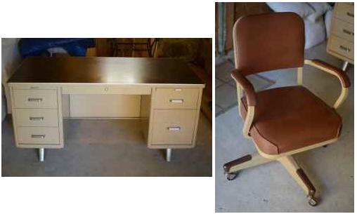 $250   Metal Tanker Desk W/ Chair