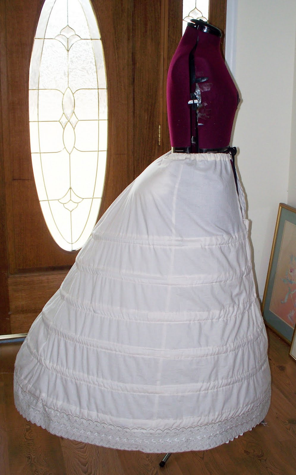 Which Victorian Bustle for my Bustle Dress? Steampunk and Gothic ...