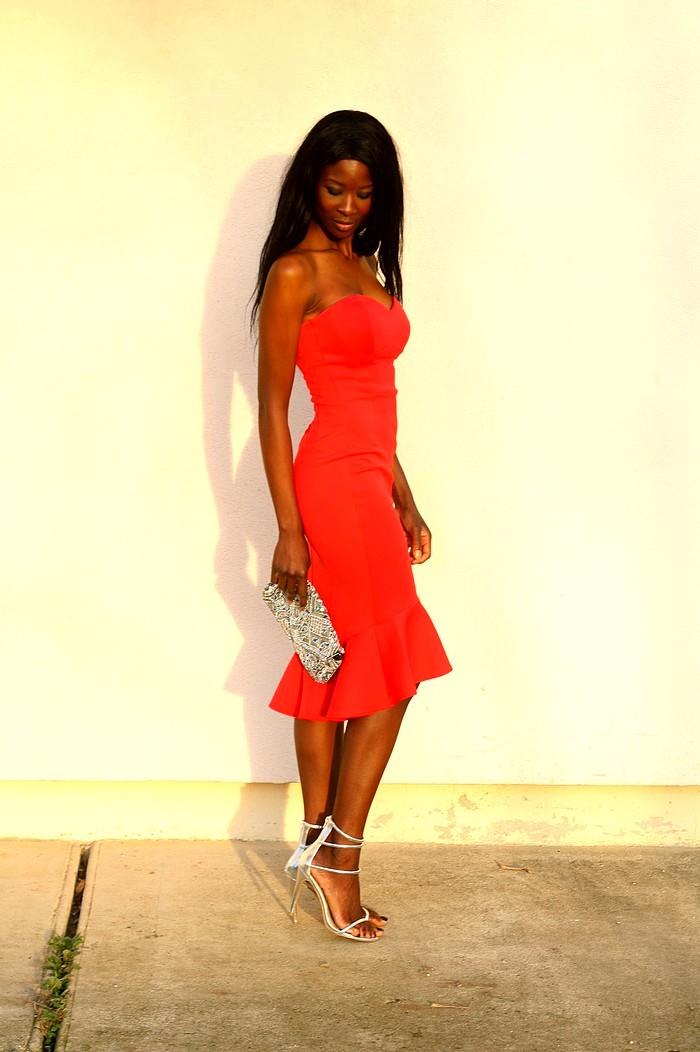 robe-bustier-rouge-sirene-tenue-fetes