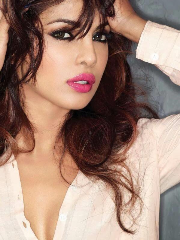 Priyanka Chopra Posing For Maim S Hot Till Now