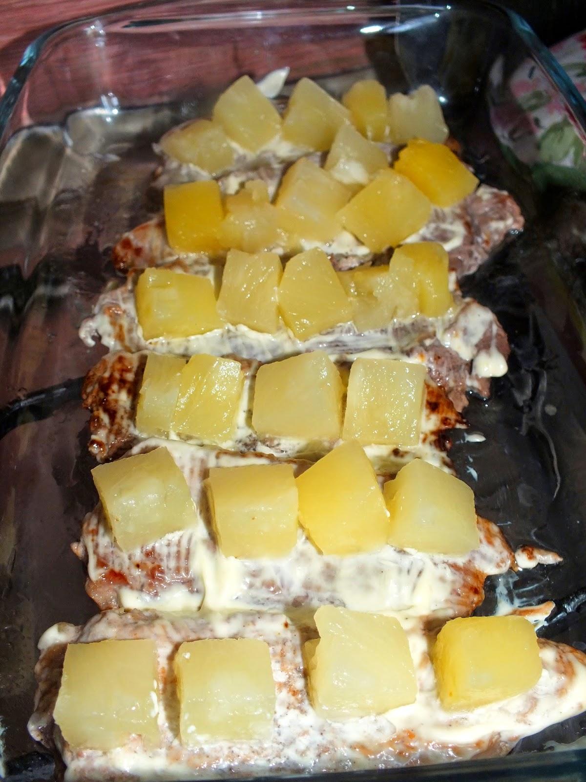 Свинина с ананасами в мультиварке рецепт