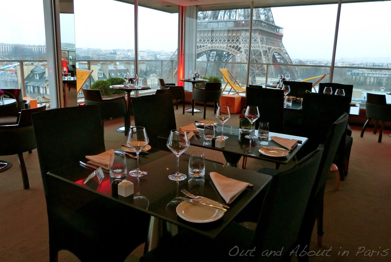 dining with eiffel tower view. out and about with mary kay dining eiffel tower view n