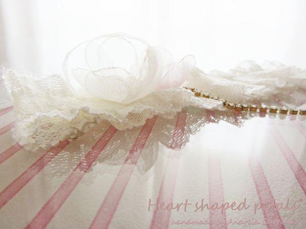 ligas noivas em marfim e dourado