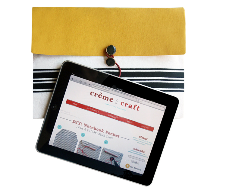 DIY iPad Clutch from a Bubble Mailer