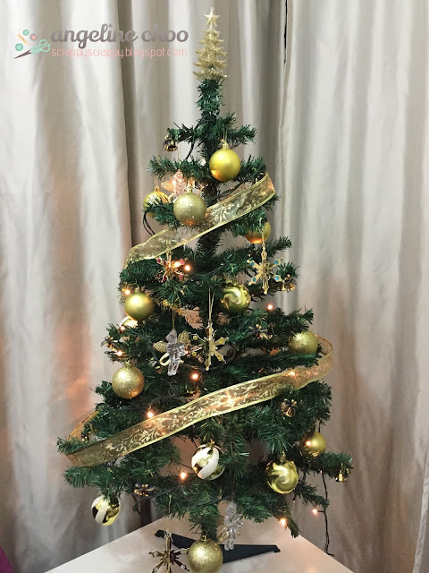 ScrappyScrappy: Christmas - It's so Gold #scrappyscrappy #svgattic #ornament #christmas #gold #glitter