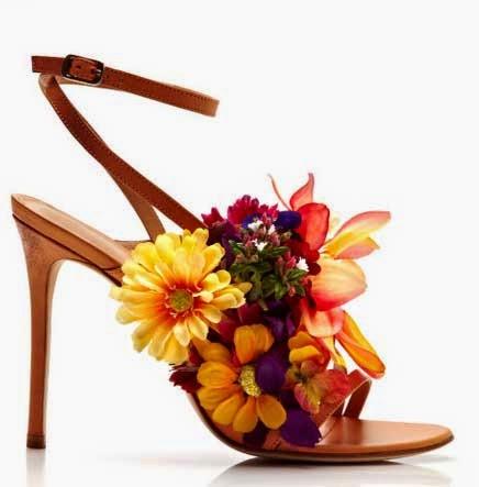 Cómo adornar sandalias con flores en Recicla Inventa