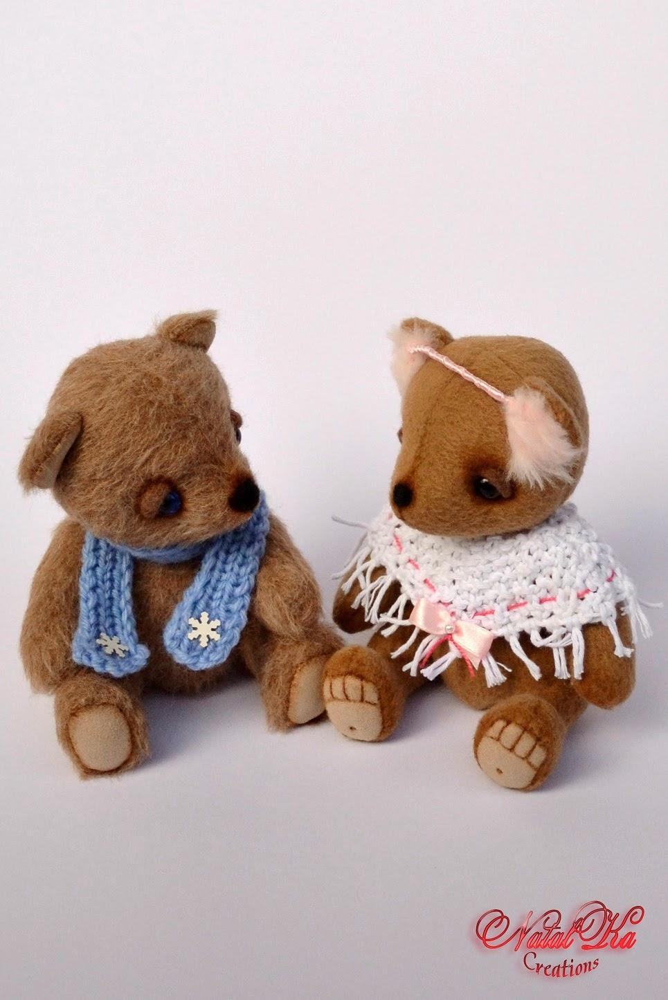 Künstler Teddybären im Winter aus Kaschmir  handgemacht von NatalKa Creations. Artist teddy bears in winter from cashmere handmade by NatalKa Creations