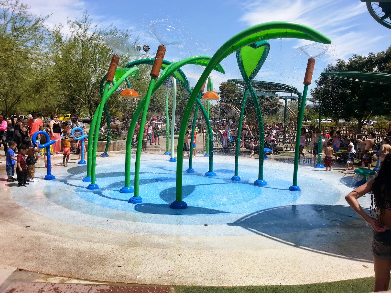 family friendly pools and parks in Las Vegas - Sunset Park Splash Pad