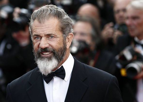 Mel Gibson nega ter agredido fotógrafa em Sydney