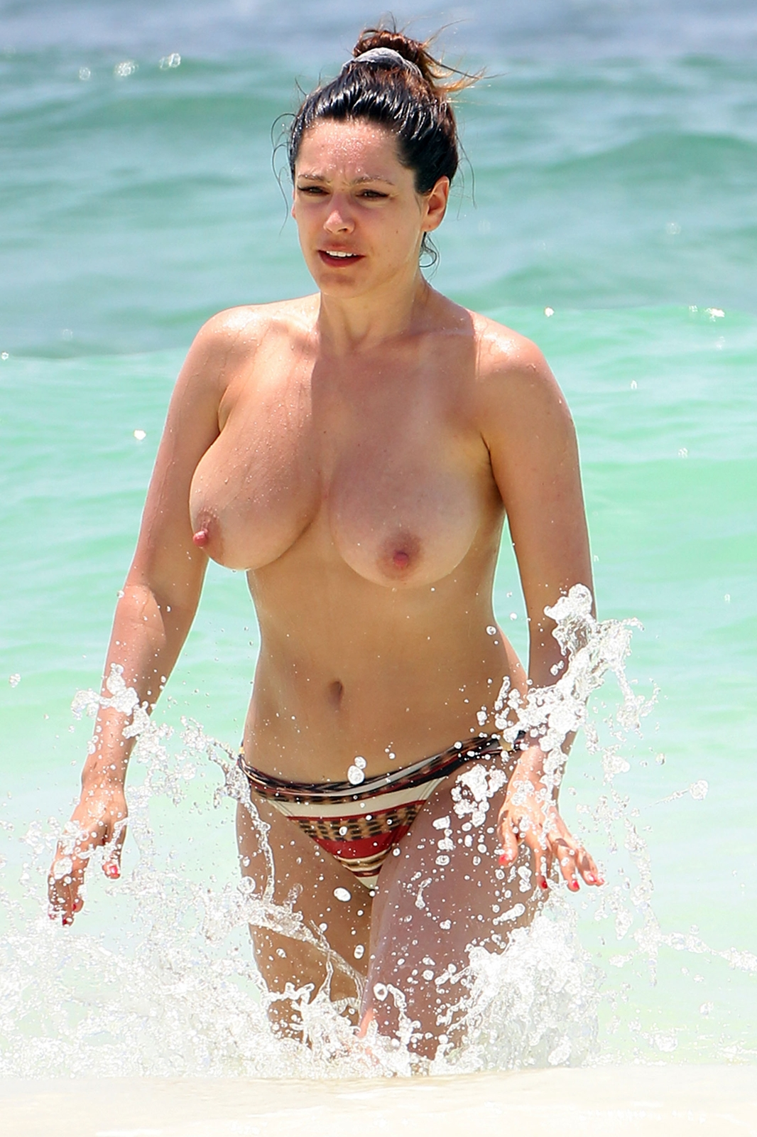 Kelly Brook Topless Candids