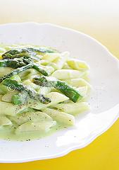 Pennette agli asparagi