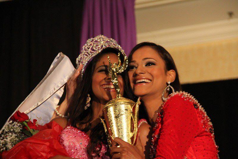 Ileana Urbaez Guevara, Miss Petite Teen RD 2011, fue coronada como la nueva ...