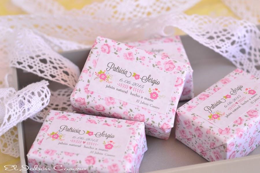 detalles de boda jabones florales personalizados