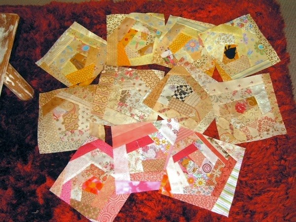 http://www.dolls-on-parade.com/crazy_quilt_block_tutorial.htm