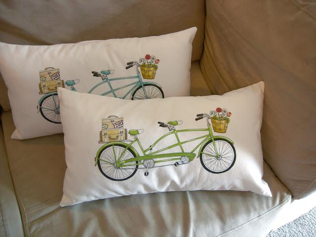 Travesseiro com tema de bicicleta