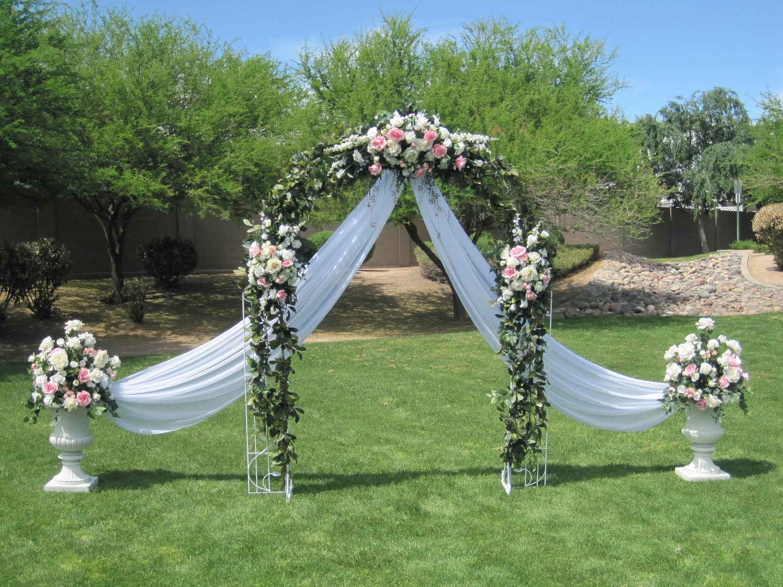 At the altar on pinterest wedding arches altars and arches for Arch wedding decoration ideas