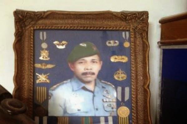 """Tatang Sang """"Sniper Legendaris Indonesia"""" Meninggal Dunia"""