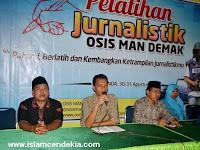 MAN Demak Gelar Pelatihan Jurnalistik
