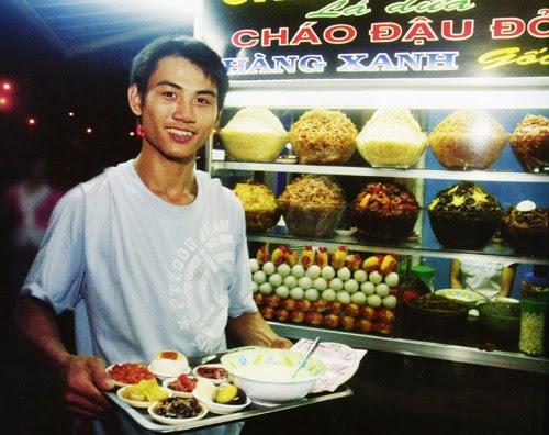 quán ăn khuya quen thuộc của giới trẻ Hà Thành