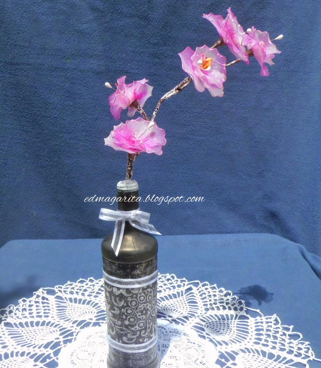 haz una bonita flor con una botella de plastico(reciclaje  - Imagenes De Flores Con Botellas