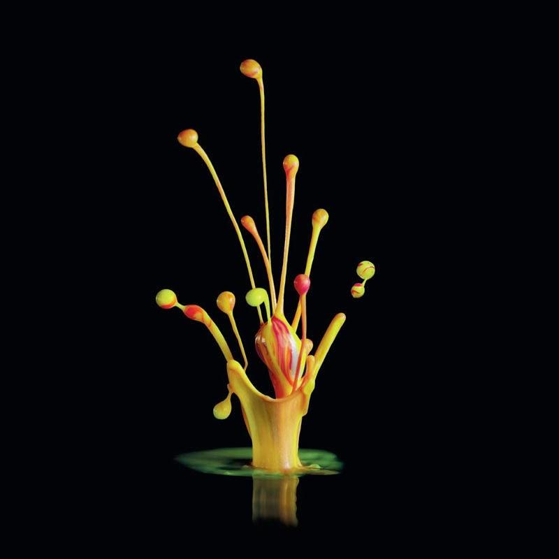 esculturas sonoras de pintura Dentsu