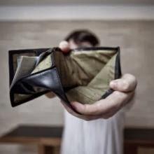 promessa salário carteira vazia