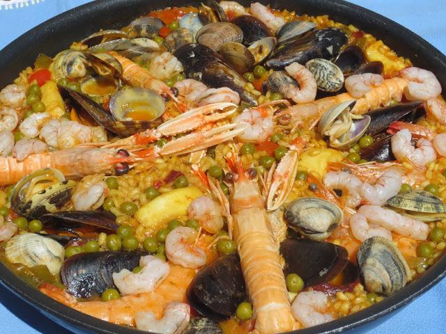 Paella dominguera de marisco Ana Sevilla
