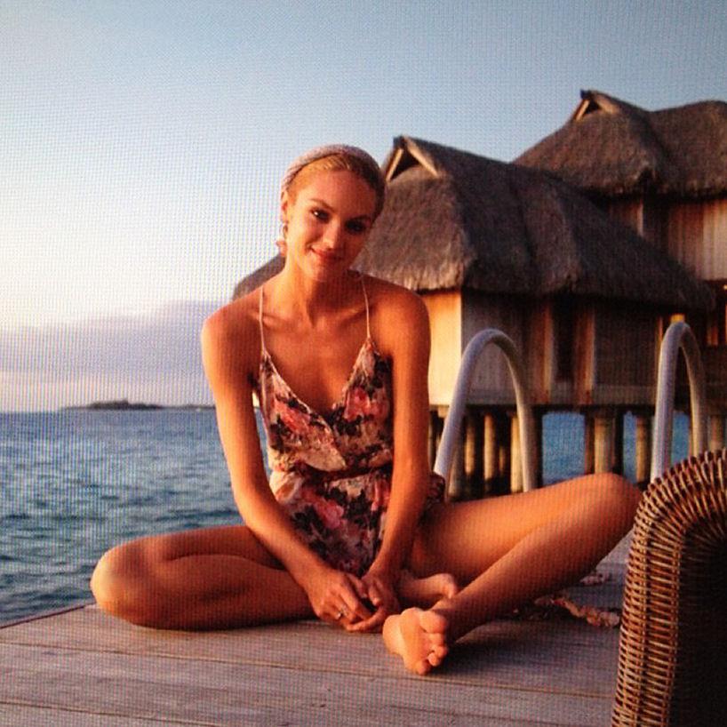 Candice Swanepoel holiday
