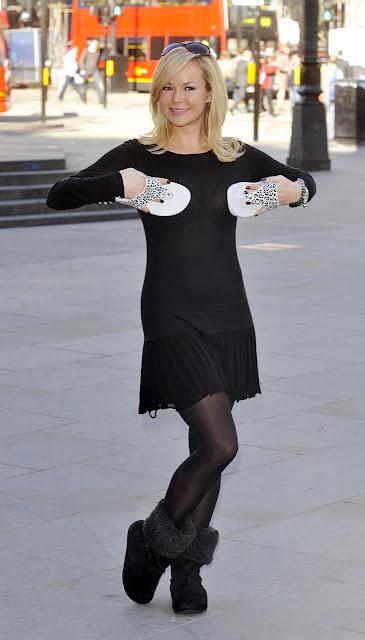 Brenda Song And Ashley Tisdale Multi Hose: Amanda Hol...