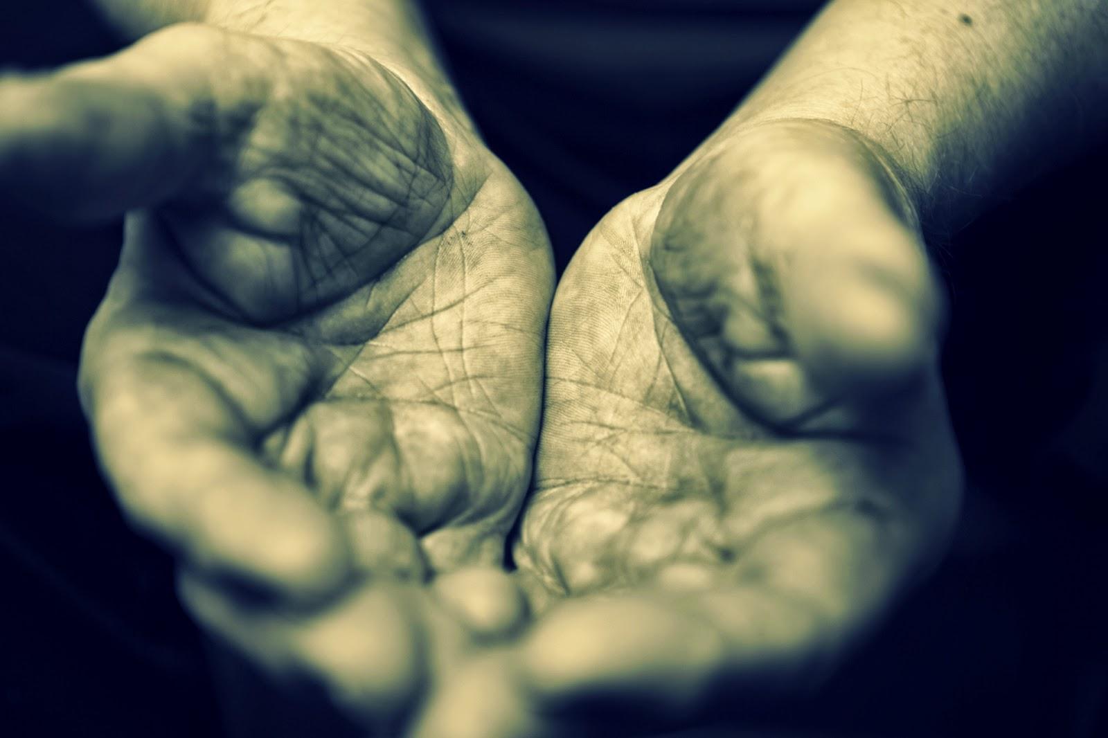 Az éneklő hajléktalan, hajléktalan, kultúra, költemény, magyarság, Mészely József, vers,