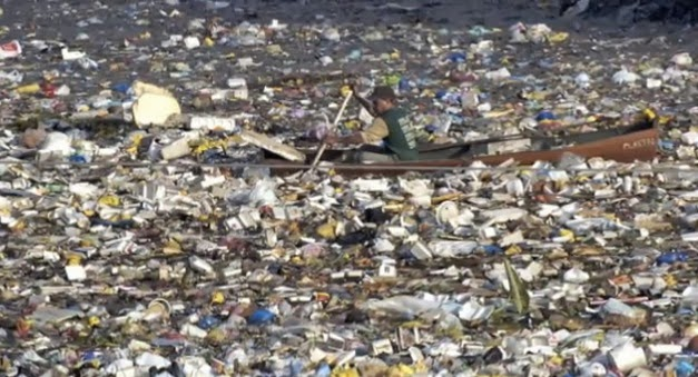 The Great Pacific Garbage Patch By Geniusofdespair