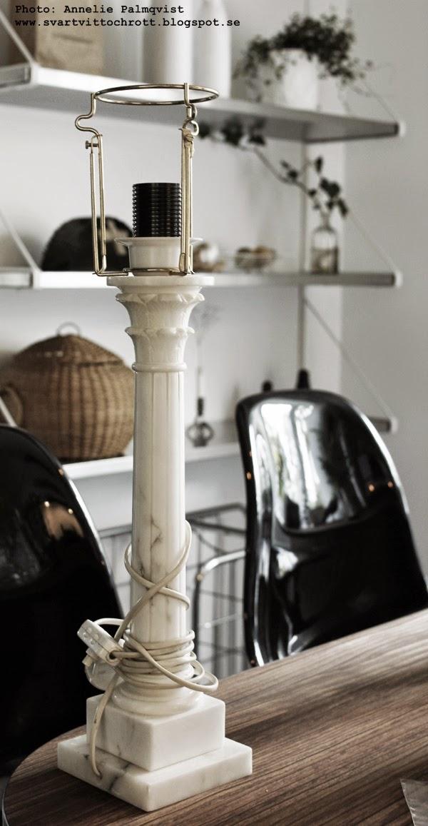 marmor lampa, diy, lampor, gammal lampa blir som ny, modern, modernt, moderna, loppis, loppisfynd, tips, inspiration,