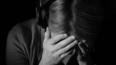 musik sedih dan galau