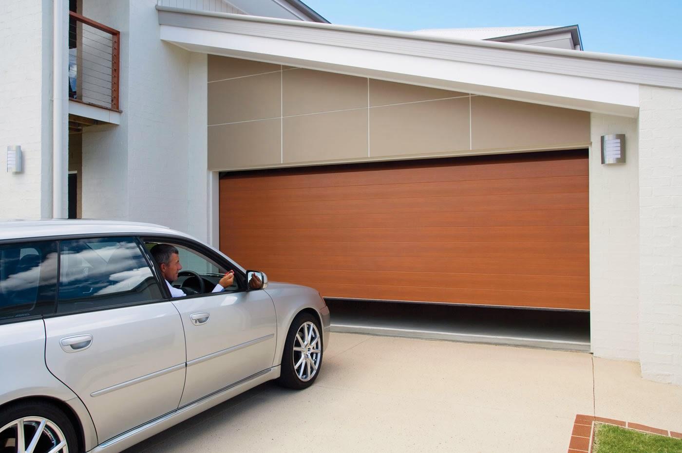 how to manually lock garage door from inside