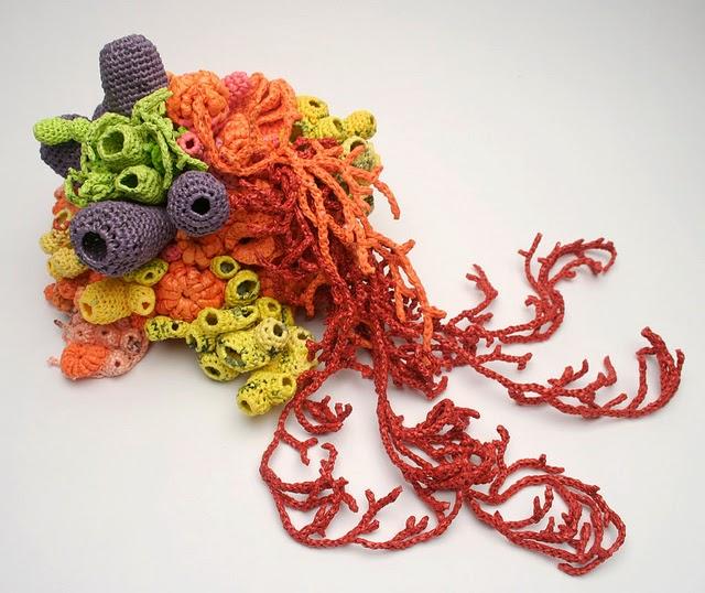 Кораллы и рифы, крошечные