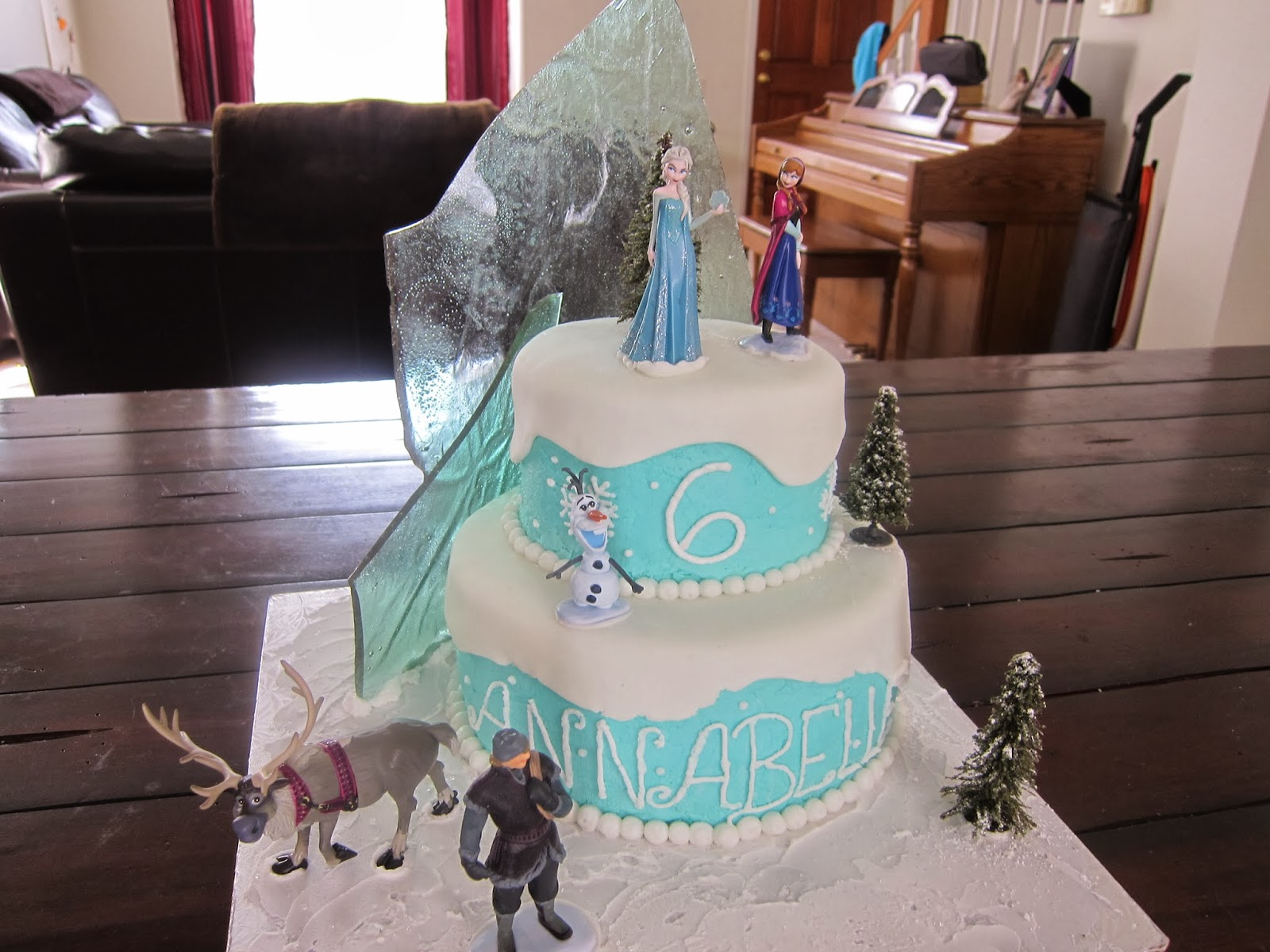 Frozen Ice Cream Cake Images : Grateful for the Ride: Disney Frozen Cake-step by step ...