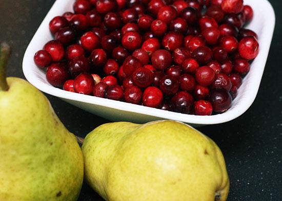 Cranberry Pear Sauce | Skinnytaste