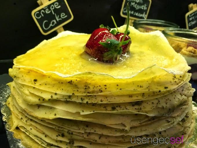 limonata-izzet-capa-crepe-cake-pasta