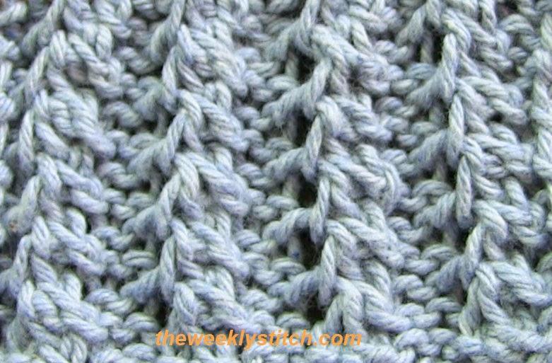 Knitting Rib Stitch On Circular Needles : Feather rib the weekly stitch