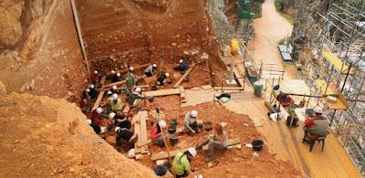 Pesquisadores encontram restos de crânio de hominídeo de mais de 400 mil anos