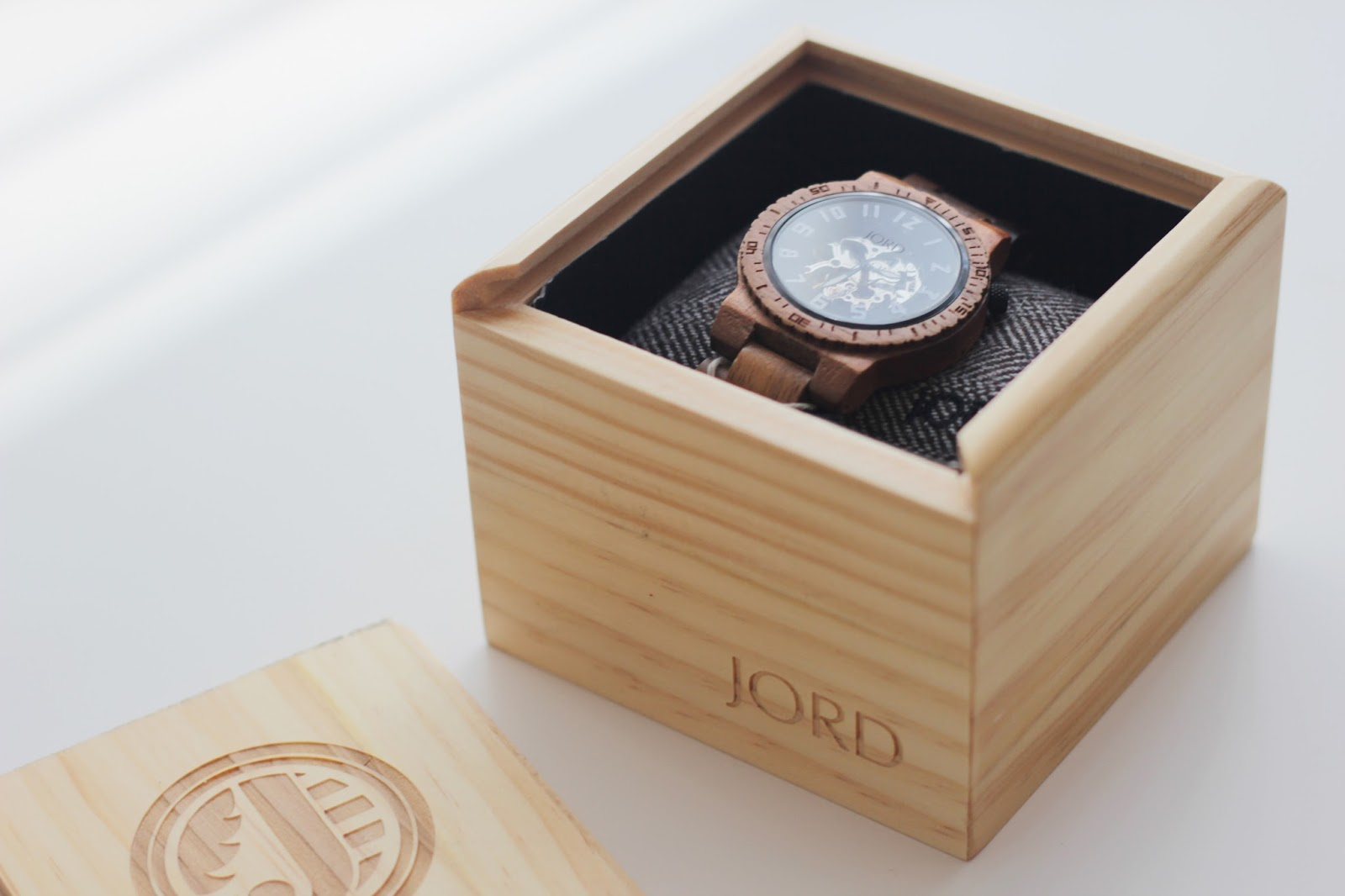 jord wood watches abigail kemples as soon as you open the box your breath is taken away by the gorgeous packaging then you open the wooden box to see a stunning watch