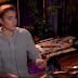 Justin Bieber toca bateria em talk show