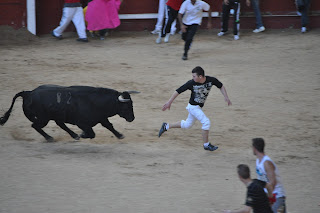 cogida_en_los_encierros_cowboy-de_Leganes. Abuelohara.