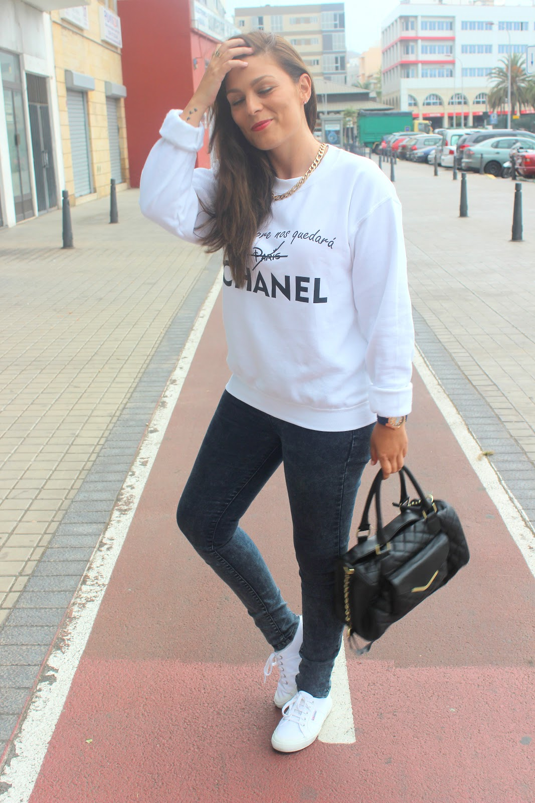 White_Sweater_Look_The_Pink_Graff_05