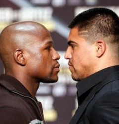 Floyd Mayweather vs Victor Ortiz face to face