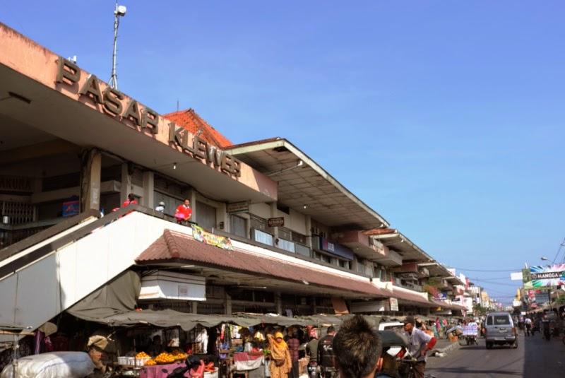 Pasar Klewer Kini