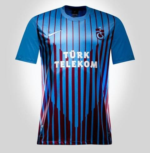2012 - 2013 Sezonu Trabzonspor Çubuklu Forma